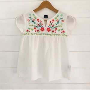 Gap KIDS embroidered top